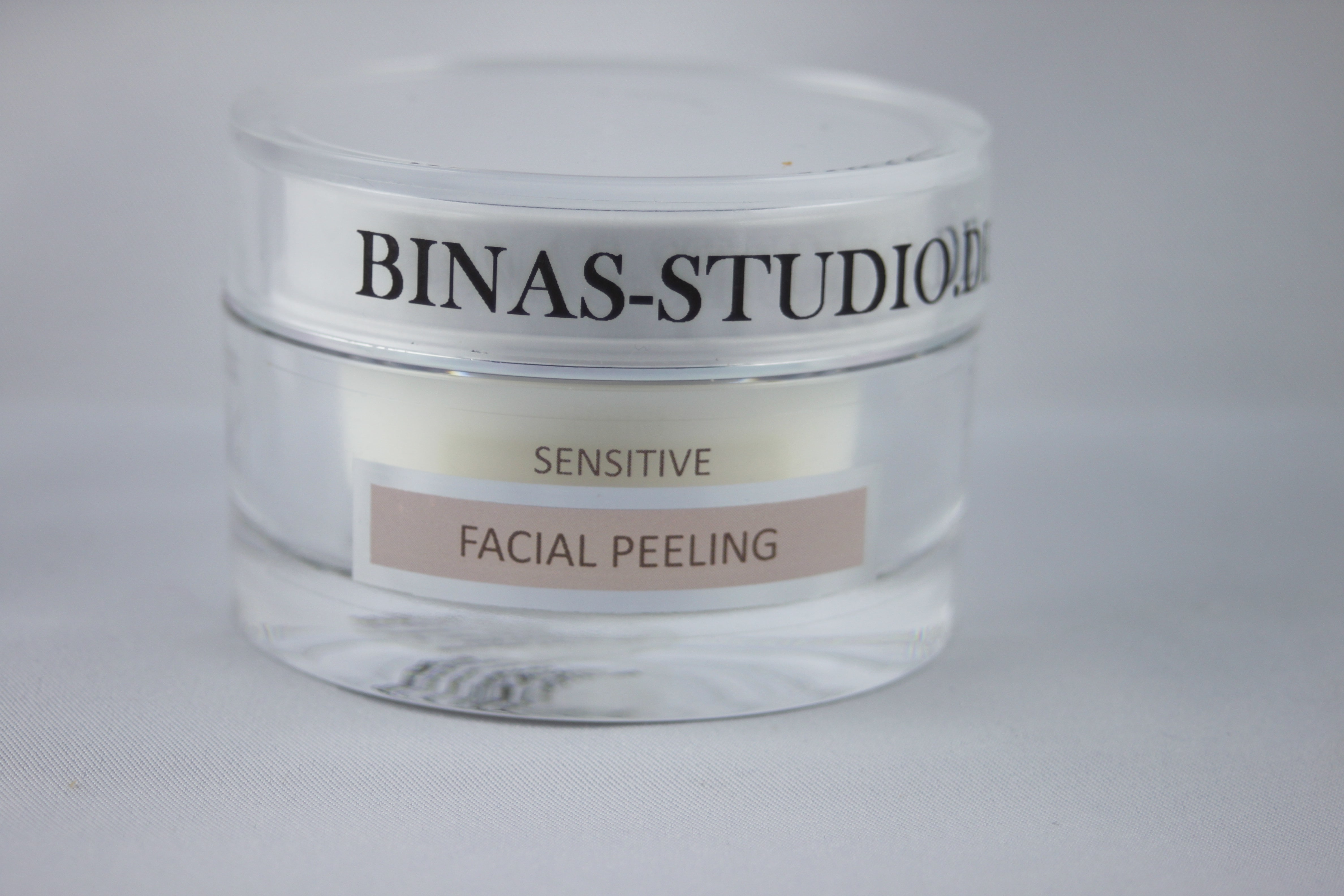 Sensitive Facial Peeling